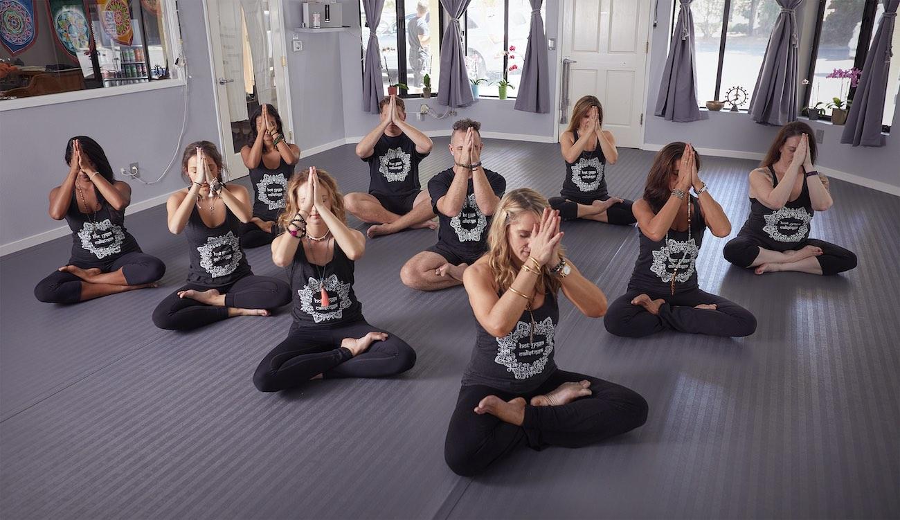 calistoga yoga studio with group